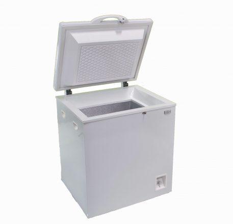 Solar powered DC chest style refrigerator white