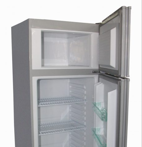 Solar Powered 10.2 cubic foot refrigerator freezer white