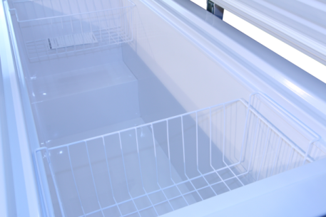 Freezer interior bottom with baskets