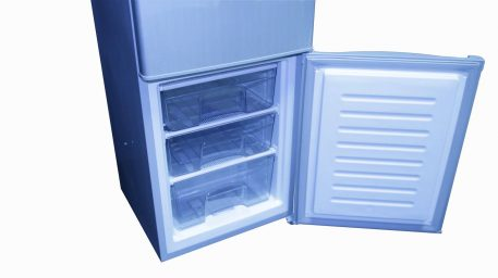 3 Drawers in the freezer compartment
