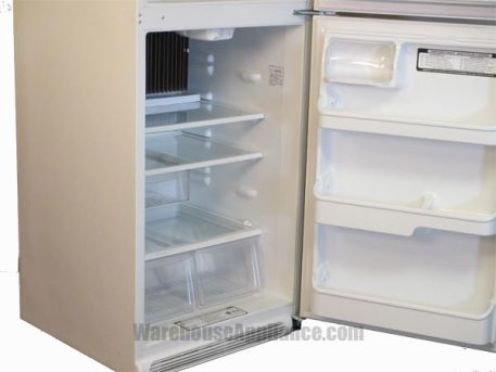 Fridge compartment with adjustable shelves and gallon door storage