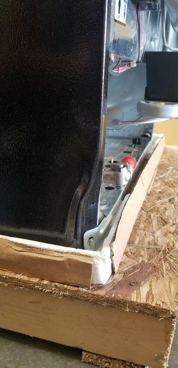 Discounted Propane Refrigerator Freight Damaged
